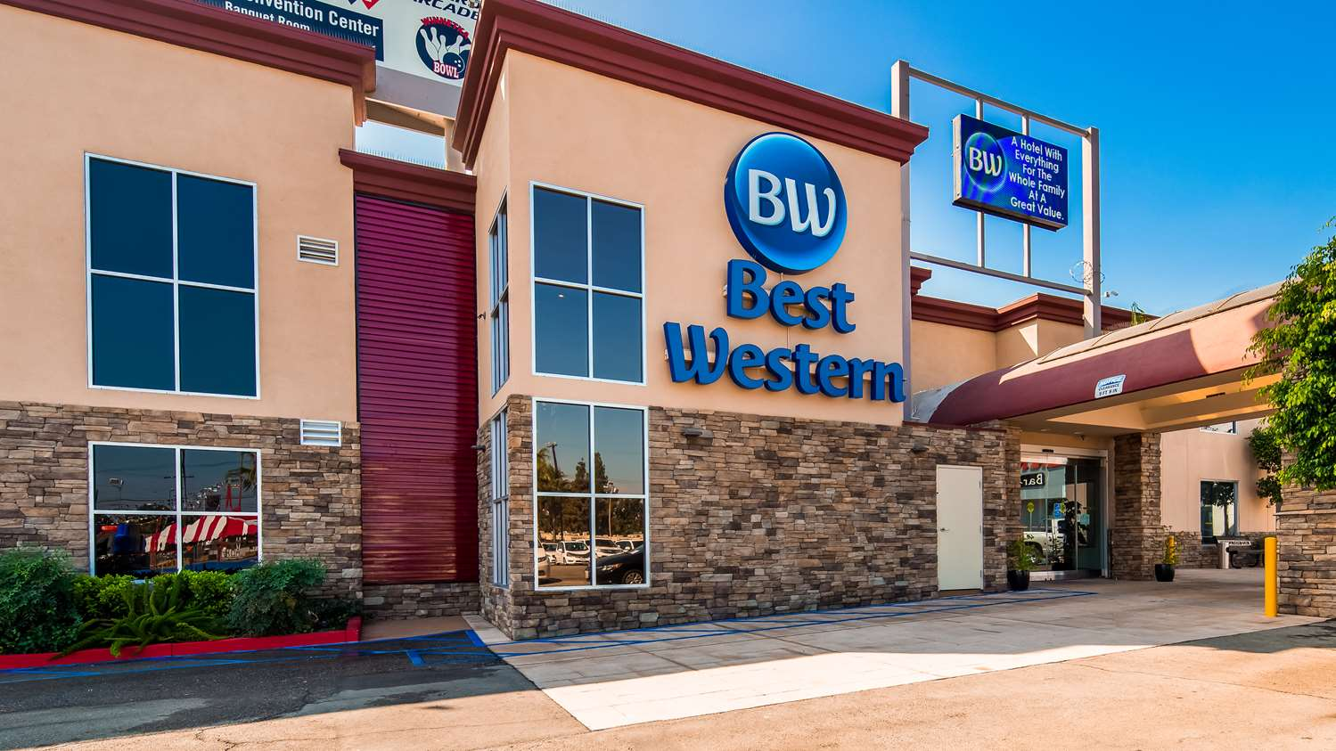 Photo of Best Western Canoga Park Front of Hotel