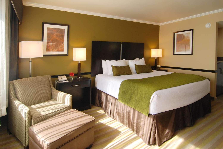 Photo of Best Western 1 Queen Room